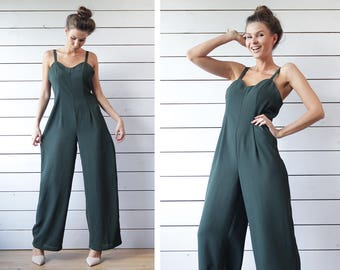 Vintage khaki green wide leg fitted waist romper jumpsuit overall M