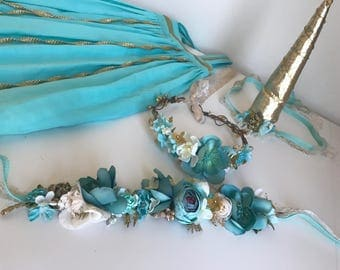 Teal and Gold Unicorn Horn Set- Well Dressed Wolf Teal Josie- Flower sash for horse/pony- Unicorn Horn/ flowers