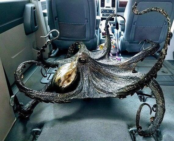Oceanfront sculpture,FIGGY the Octopus sculpture,Installation Piece