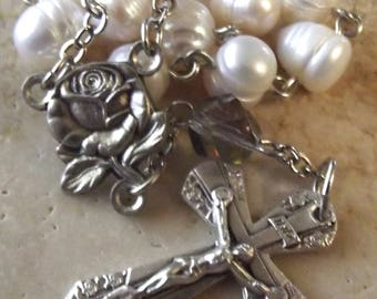 Freshwater Pearl and Rose Pocket Rosary