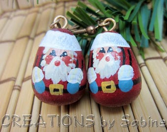 Hand Painted Wooden Santa Claus Earrings Earrings Christmas Jewelry Wood Hooks Red White Miniature Figurines Vintage FREE SHIPPING (669+670)