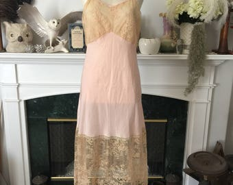 20s 30s Feminine Pink and Lace Slip
