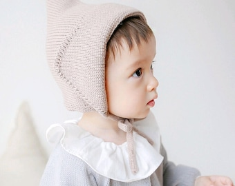 Knitted hat, baby pixie hat, photo prop, infant hat, baby gift