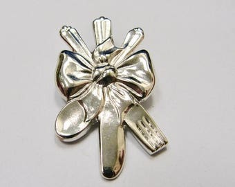 on sale oneida silverware pin item k 928