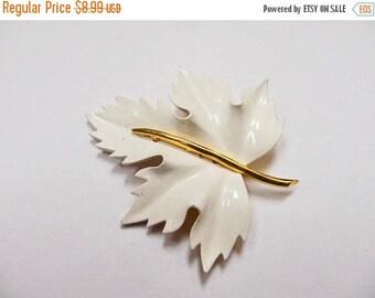 ON SALE Vintage White Enameled Leaf Pin Item K # 2380