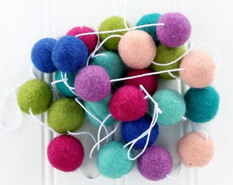 Felt Ball Garland for Girls Room, Pom Pom Garland for Girls Room, Nursery Decor, Felt Ball Bunting, Baby Shower Decor, Kids Room Garland