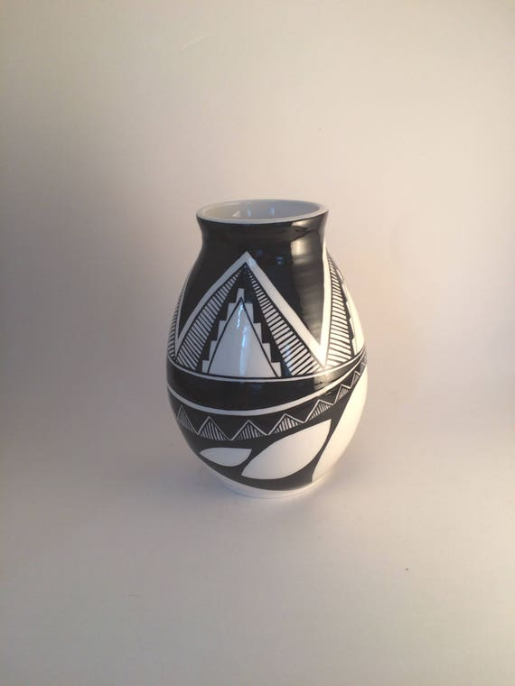 Geometric asymmetrical pot #23