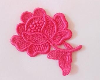 Lace Flower Pink fuchsia 7 x 6 cm