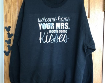 Large welcome hone your mrs needs some kisses