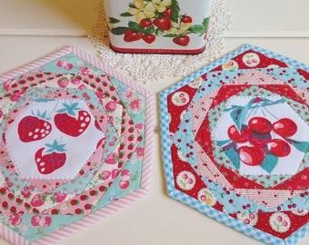 recreate a sweet hand quilted patchwork trivet