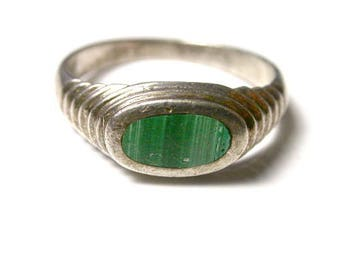 Malachite and Sterling Silver Ring - Oval Malachite - Green Stone - Size 8 # 349
