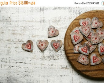 CHRISMAS IN JULY 20-26.07 Wedding favors wooden heart magnets guest favors bridal shower baby shower red off white wedding floral rustic