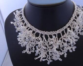Coral necklace made of miyuki beads