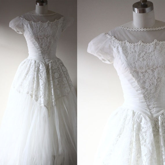 1960s short sleeve  wedding dress  // 1960s lace wedding dress // vintage bridal dress