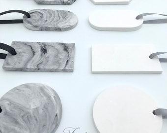 4 Etiquettes en plâtre de décoration au choix blanc ou marbré
