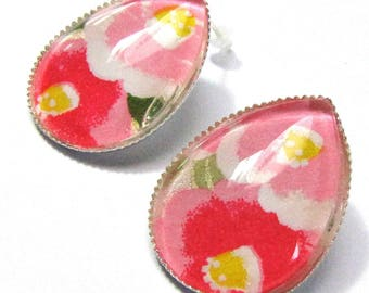 Earrings drops cabochons - Japanese paper with pink/yellow flowers and green leaves