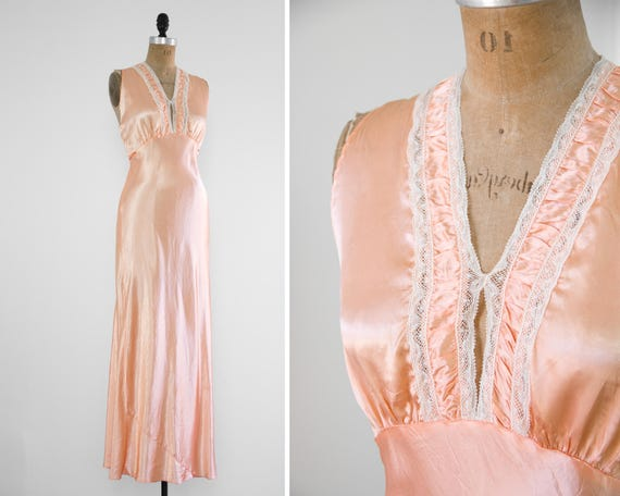 vintage 1930s womens satin slip dress | vintage nightgown | bias cut dress