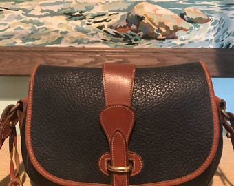 Dooney and Bourke Cross body bag / Shoulder bag / Purse / Handbag