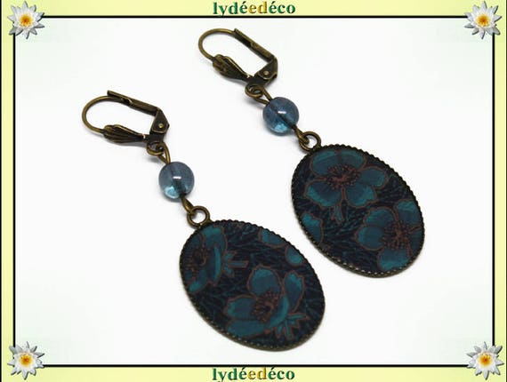 Earrings retro resin cabochon flowers blue Brown resin bronze beads 18 x 25mm