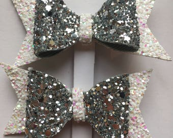 Glittery party bows