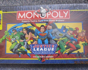Vintage, unopened Justice League America  game with Collectors edition 1966 comic book - Still sealed - Estate find