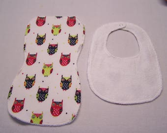 Owls, Owls and more Owls bib and burp cloth sets for baby boys, girls, infants, or toddlers.
