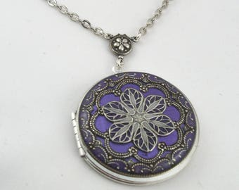 Filigree Locket, Amethyst Metalic Silver Filigree Flower Locket Vintage Locket Photo Locket,Valentine Gift For Her.