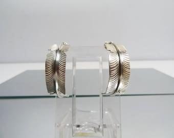 Vintage Native American southwestern sterling silver earrings, Feather Hoop earrings post earrings jewellery 6.42 grams