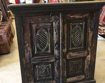 Antique Sideboard Chest Furniture TV Console Cabinets, Gothic Style interior