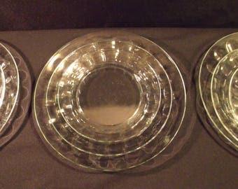 Arcoroc Petale Thumbprint Glass Plate set Dinner Salad and Bread