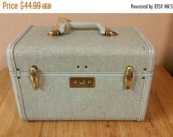 On Sale Samsonite Light  Blue Train Case or Make Up Bag Vintage Luggage