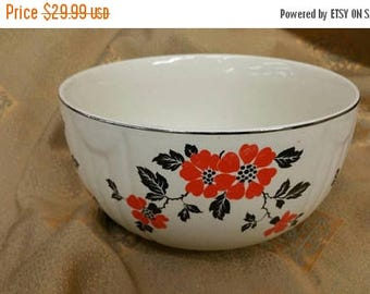 On Sale Hall's Superior Quality Kitchenware 7 inch Radiance Mixing or Serving Bowl with Red Poppy Pale Yellow with Silver Trim