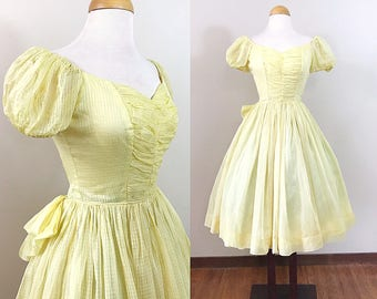 Vintage 1940s Dress / Yellow Organza / Belle Dress / Puffed sleeves / Ruched bodice