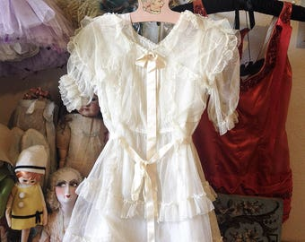 Vintage girls fancy dress sheer cream lace ruffles child Communion Easter dress satin ribbons