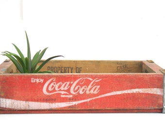 Red Coca Cola Wood Soda Case / Wooden Coke Drink Open Pop Crate