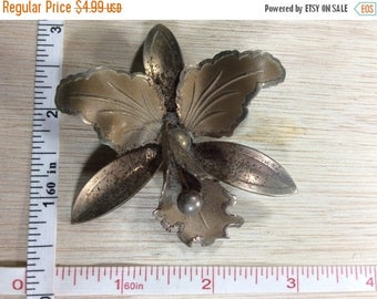 10% OFF 3 day sale Vintage Old Pin Brooch Orchid Flower Some Rusting Used