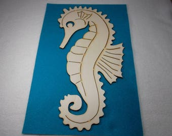 1 seahorses, wood,  29x15,5 cm (24-0025D)