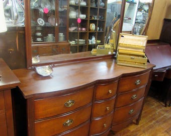 Dixie Mahogany Dresser with mirror