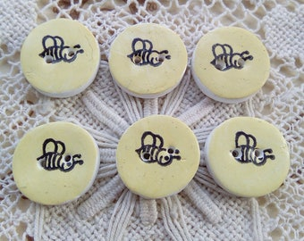 6 yellow bee buttons, small buttons, round buttons, handmade buttons, spring, 2cm buttons, scrapbooking, card making, sewing, knitting