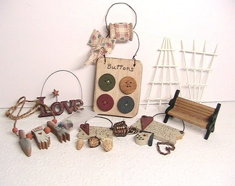 Wood Crafts, Little Wooden Craft Items, Wooden Craft Decor Lot