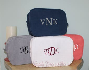 Monogram Waffle Weave Cosmetic Bag 2 Compartment Makeup Case Custom Embroidery  Wedding Party Gift