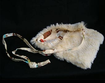 Small bag in fake fur