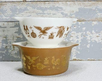 Pyrex Mixing Bowls Set of Two Early American Casserole 1.5 Bronze Quart Cinderella Pattern and 1.5 Pint White Bowl Vintage Kitchen