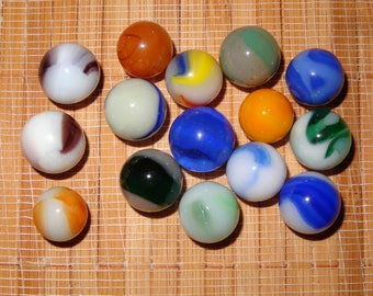 Lot of 15 Vintage Marbles / Glass Marbles / Toy Marbles / Game Marbles / Craft Supplies / Vintage Marbles / Lot #274