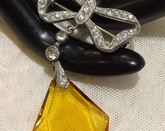 Beautiful Vintage Amber Coloured Glass and Rhinstone Pot Metal Dangly Bow Brooch