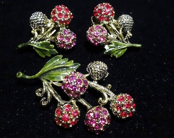 ON SALE Vintage Hollycraft Red and Pink Rhinestone Floral Brooch and Earrings