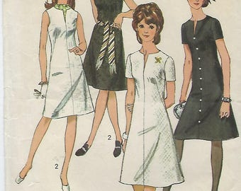 """Simplicity 9221 Misses' Petite and Misses' Jiffy Dress Size 12 Bust 34"""""""