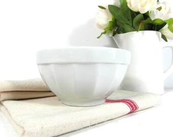 White cafe au lait bowl, Italian latte bowl, French breakfast bowl, vintage bowl, French dinnerware, French country decor, French chic
