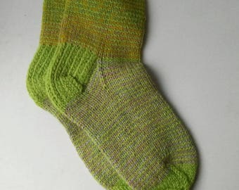 Size 35-36 EU/4 1/2-5 1/2 women 3 1/2-4 1/2 men US Hand knitted lambswool sleeping,home,yoga,winter,travel,warm,classic,comfortable socks