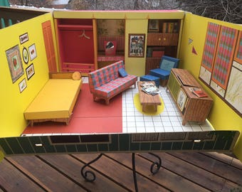 Vintage And Original 1962 Barbie Dream House, Cardboard With Accessories  And Furniture